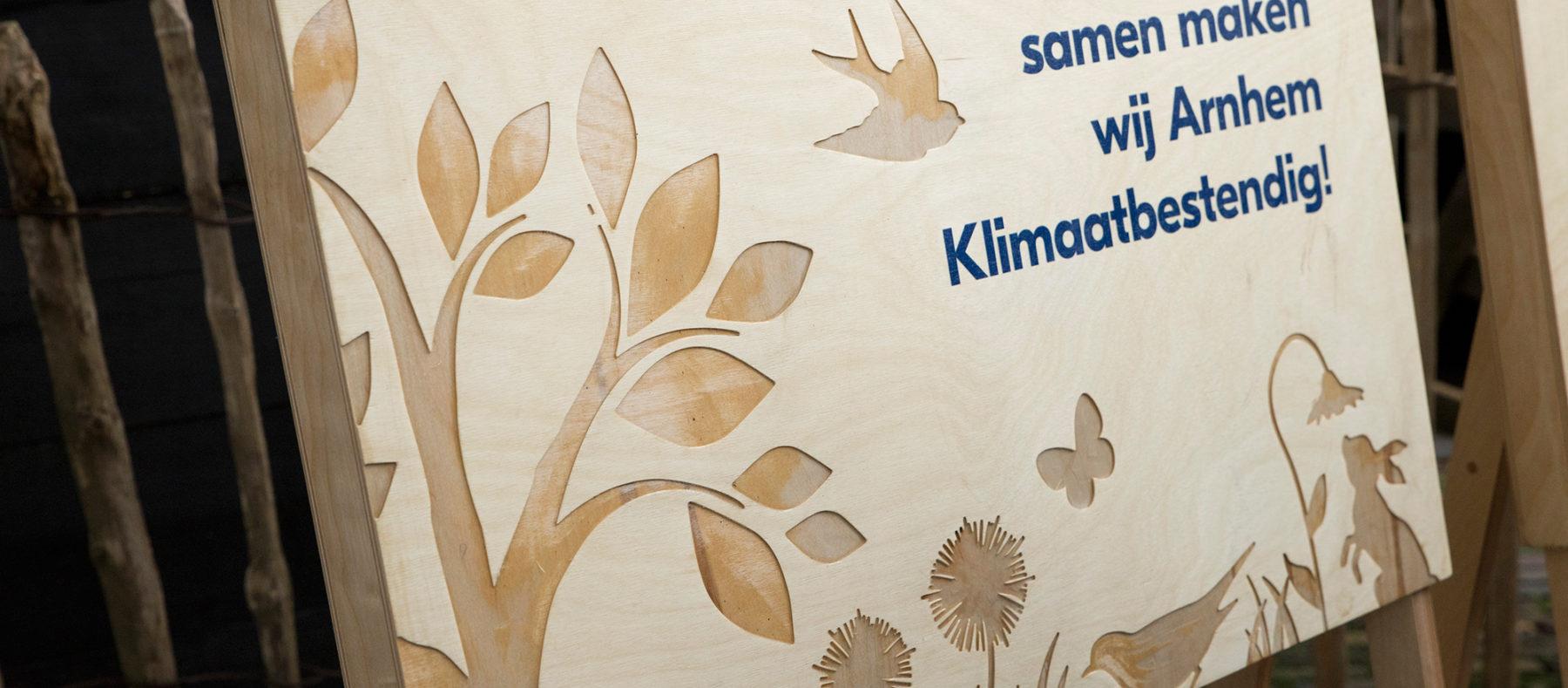 Arnhem Klimaatbestendig gemeente arnhem klimaat grafisch ontwerp bloempapier DDD natuur ijsletters bord ambacht